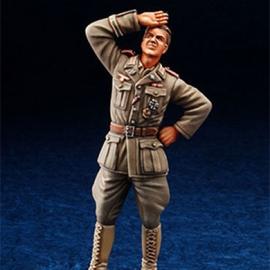 WWII DAK Panzer Officer standing