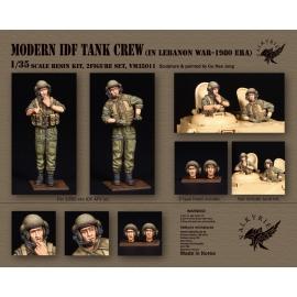 1/35 Modern IDF Tank Crew in Lebanon War -1980 Era (2 Figures)