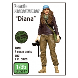 "Female Photographer ""Diana"" 1/35"